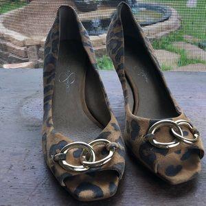 Leopard spot printed kitten heels